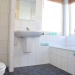 na-foto-badkamer-restylen-verkoop-huis-eefde